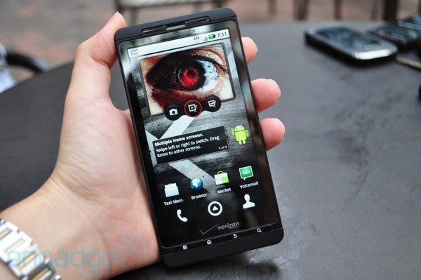 Motorola Droid X Specs Confirmed: It's Huge and Fast