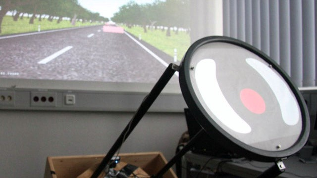 Researchers test touch-screen steering wheels