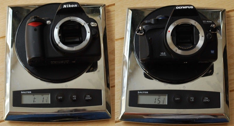 "DSLR Sizemodo: Nikon D40x vs ""World's Smallest"" Olympus E-420"