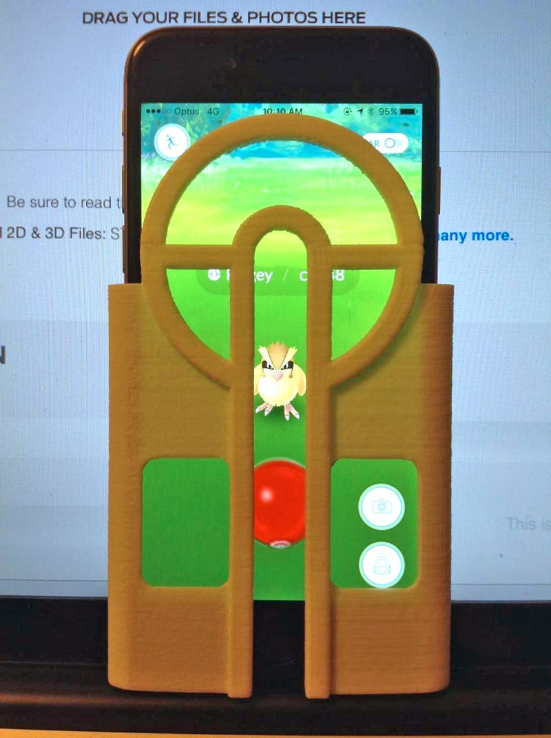 Brilliant iPhone Case Makes It Way Easier to Catch Pokémon