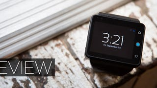 """The Joy and Misery of Life With a Grotesquely Large """"Smartwatch"""""""