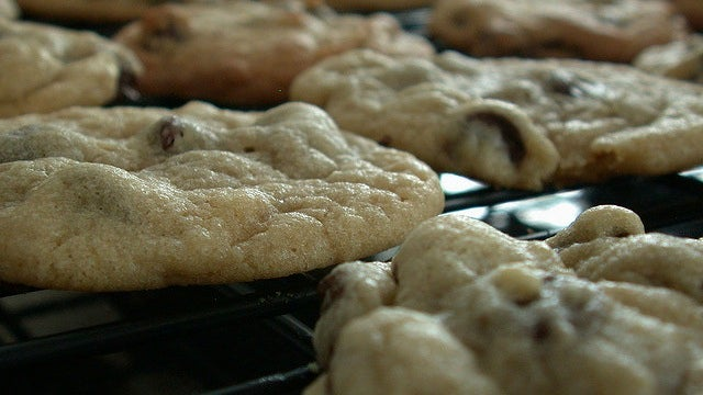 Make Cookies on the Stovetop and Keep the Oven Off to Beat the Summer Heat