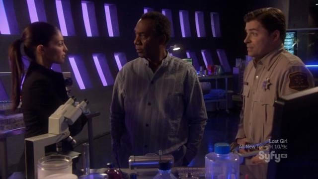 Eureka's awesomely incompetent spy hunt makes for a fantastic episode