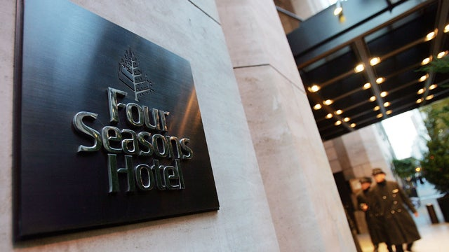 Lamest Thieves Ever Pull Off Lamest Heist Ever at Four Seasons Hotel