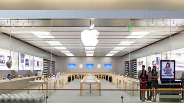 Bad Apple Store Genius Stole $16,000 in iPhones