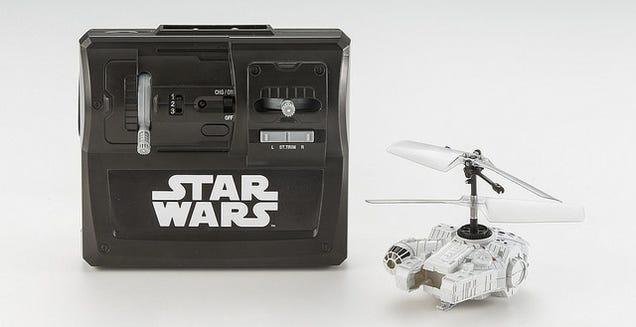Re-enact Epic Star Wars Battles In Your Bedroom With These Tiny RC Toys
