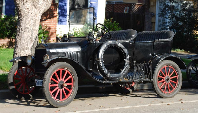 1919 Ford Model T Touring
