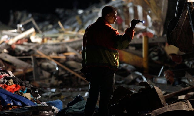 Death Toll from Missouri Tornado Climbs to 89