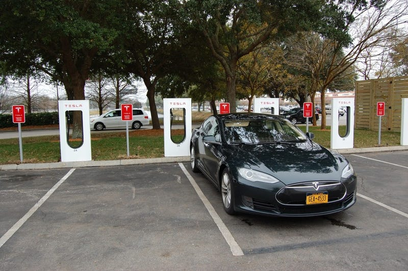 Hyundai Exec Trash-Talks Tesla, Electric-Car Maker Bites Back Hard