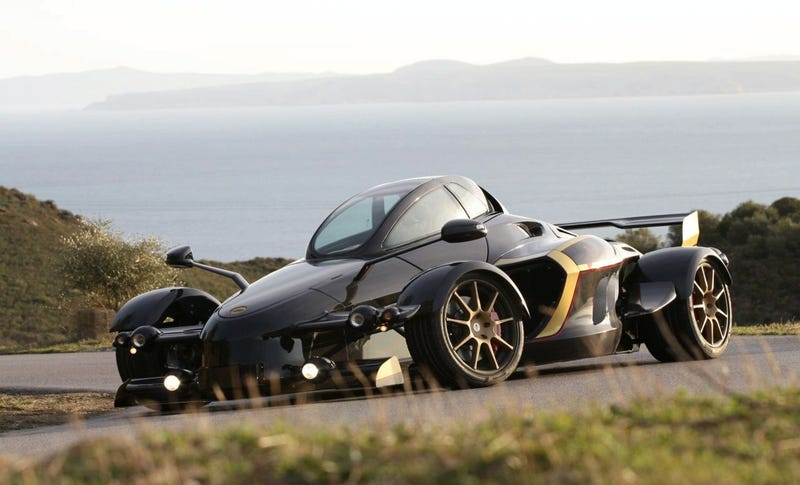 Tramontana R-Editon: Some F1 Racer Knocked Up a Jet