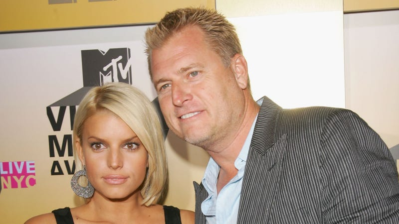 Joe Simpson Charged with Two Counts of DUI, One Count of Misdemeanor Tip-Frosting