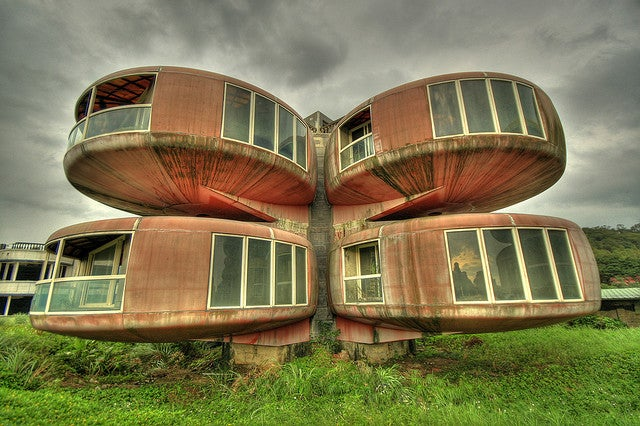 More scenes from Taiwan's cursed retrofuturistic resort that never was