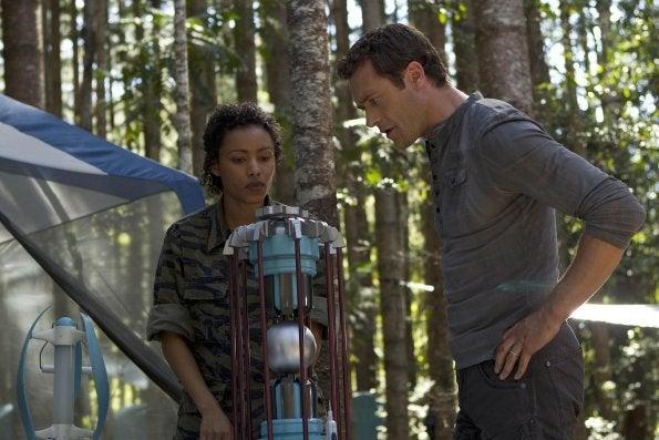 Terra Nova Season Finale Pictures Part 2