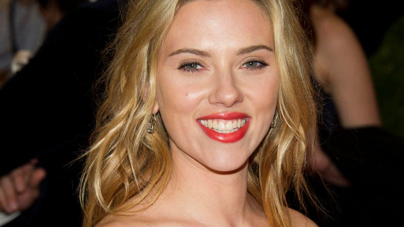 Scarlett Johansson: Having Kids and Getting Married 'Has No Relevance to Me Right Now.'