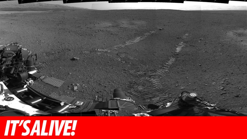 Mars Curiosity Moves For the First Time