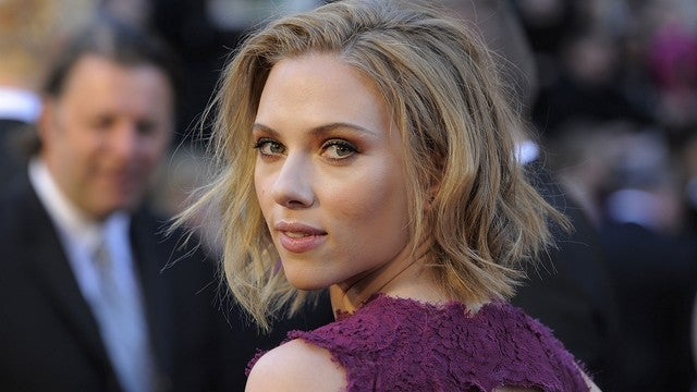 Police Arrest Lone Weirdo Who Hacked ScarJo's Nude Photos