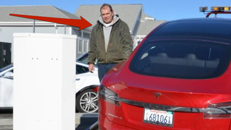 Tow Truck Driver At Center Of Tesla Controversy Unaware Of Controversy