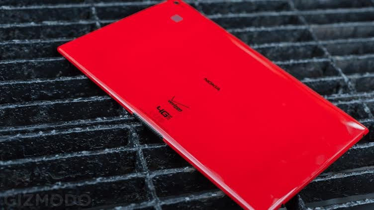 Lumia 2520 Review: Not Much More Than a Pretty Face