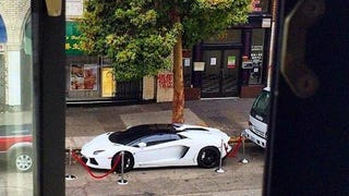 Marshawn Lynch Apparently Ropes Off His Lamborghini When He Parks