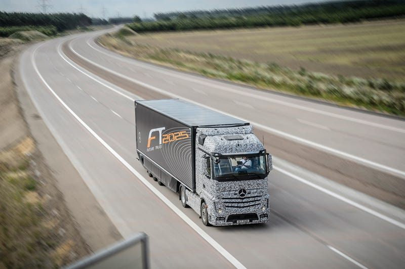 'Autonomous Driving Long-Distance Trucks Will Be A Reality In Ten Years'