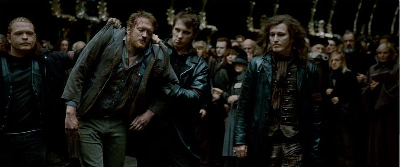 140+ Harry Potter and the Deathly Hallows trailer screencaps