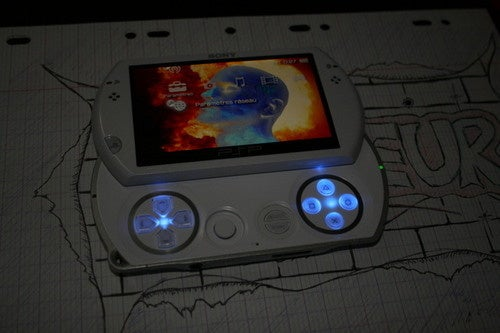 Yet Another PSPGo Mod Blinds You With LEDs
