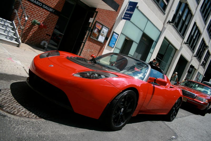 Tesla Roadster Sport: More Charge For More Change