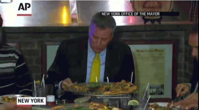 Here's Mayor de Blasio Eating Pizza with a Fork, in Slow Motion