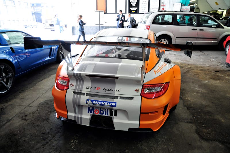 Yes, That Is The Porsche 911 GT3 R Hybrid In An NYC Parking Garage
