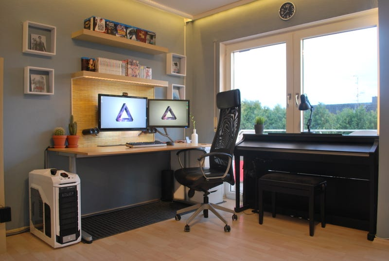 The One Room Work and Play Space