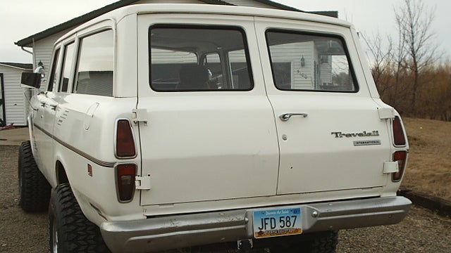 1972 International Travelall Is One Dangerous Ebay Find