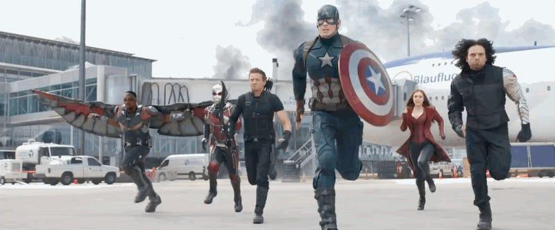 All the Cool Stuff in the NewCaptain America: Civil War Trailer