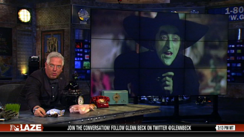 Watch Glenn Beck Play With Dolls for 10 Unhinged Minutes