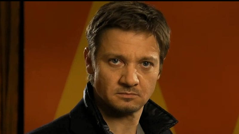 Jeremy Renner Does Pretty Woman in this Week's SNL Promos