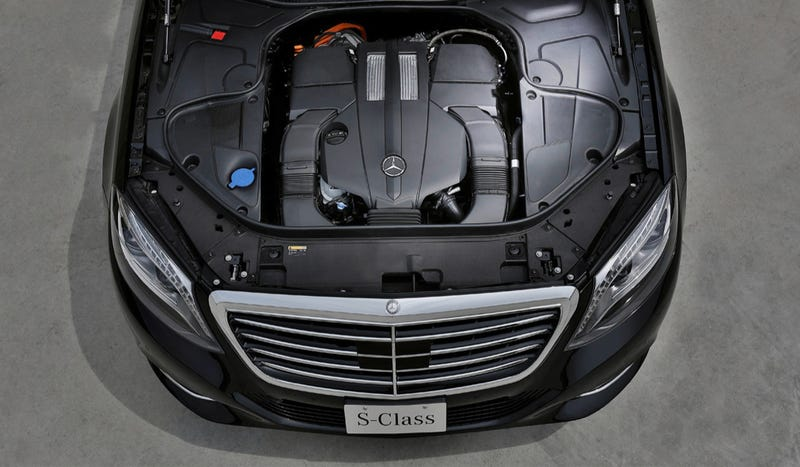 The Mercedes S500 Plug-In Hybrid Is Eco Motoring For Patricians