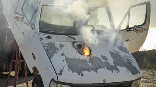 Esto es lo que la nueva arma láser de Lockheed puede hacer a un coche