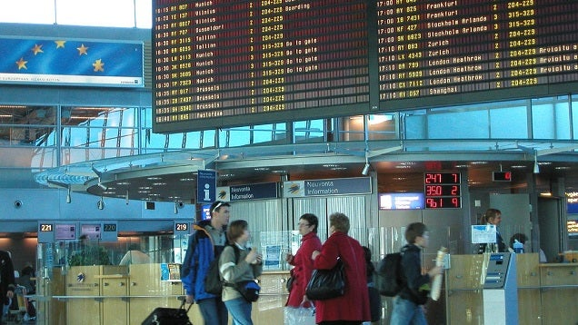 Three Ways to Plan Ahead and Avoid Flight Change Fees