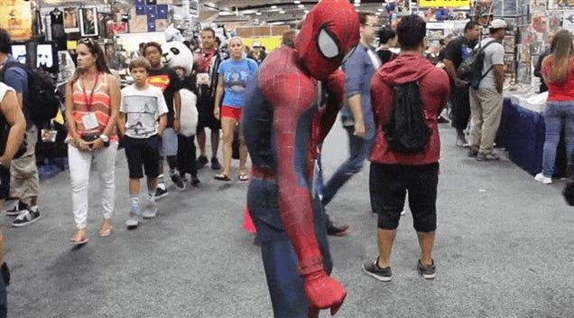 Deadpool Tried To Ruin Comic-Con