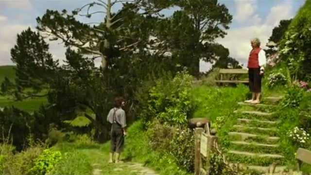 The First Hobbit Trailer Is Mesmerizing (But Totally Uneventful)