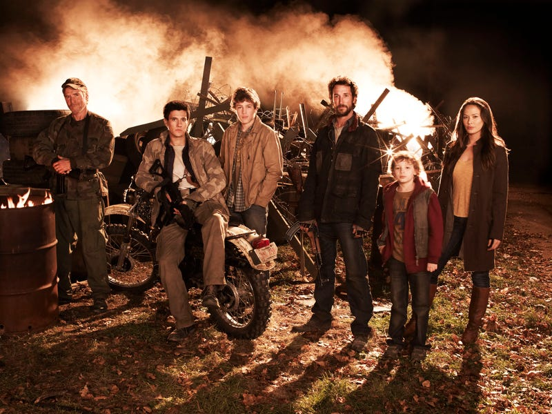 Falling Skies Cast Pictures