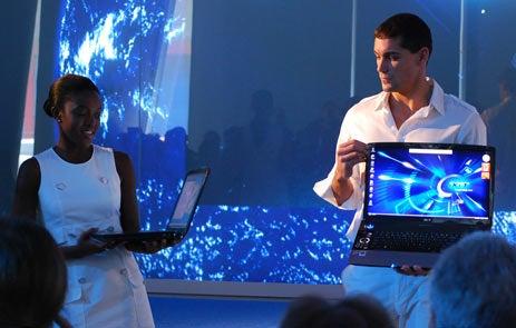"Acer's ""Blue"" Ace: Aspire Gemstone Blue Notebook"