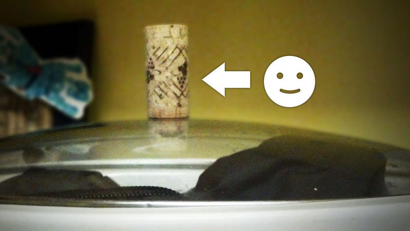 MacGyver Challenge Winner: Replace a Missing Handle With a Wine Cork