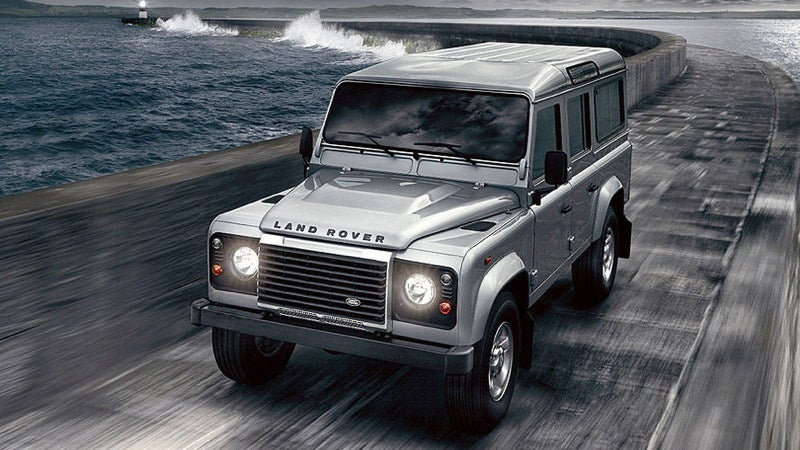 Was the 2012 Land Rover Defender saved by a new diesel engine?
