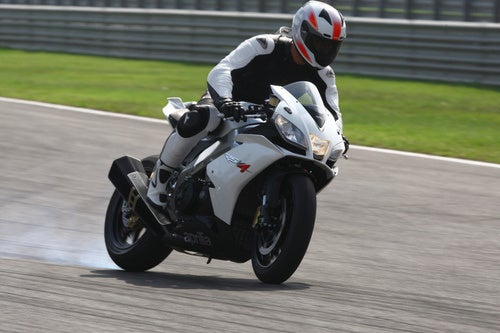 2010 Aprilia RSV4 R, Reviewed