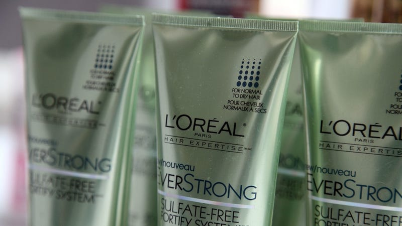 Cosmetics Company Actually Does Something to Help Animals