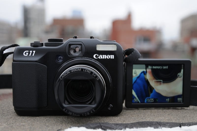 Canon G11 Review: Makes You Feel Like a Real Photographer (Almost)