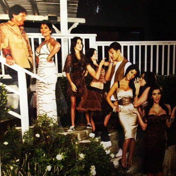Watch Keeping Up with the Kardashians Season 8 Episode 12 Online IN Putlocker