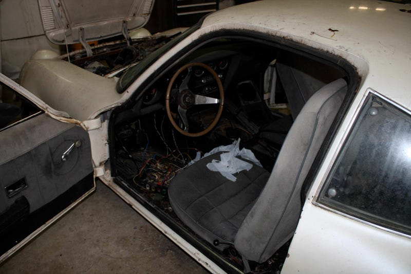 Opel GT Boasts V6 Power, Plans To Make MGB-GT Eat Its Dust At 24 Hours Of LeMons Texas!