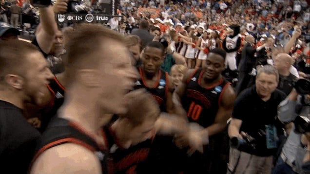 Mercer Stuns Duke; Mercer Bro Dances His Ass Off