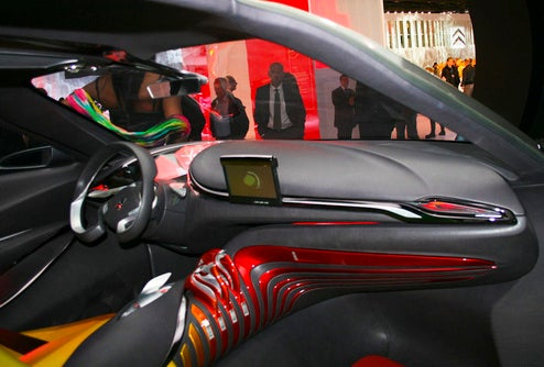 The 14 Most Futuristic Dashboards On The 2008 Paris Show Floor